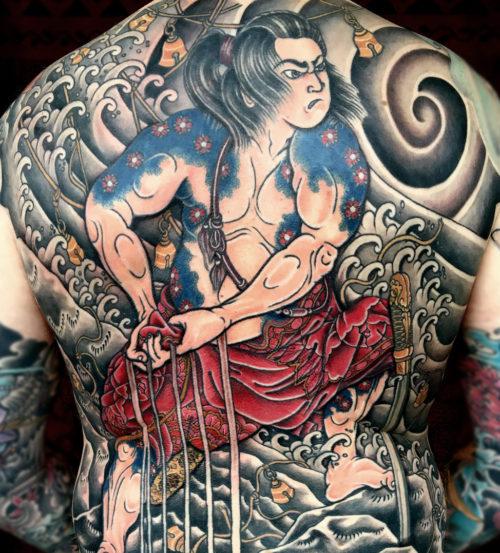 刺青 人物