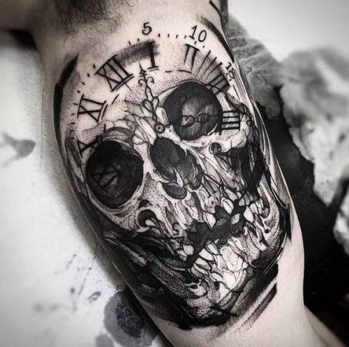 ブラックアンドグレイ タトゥー