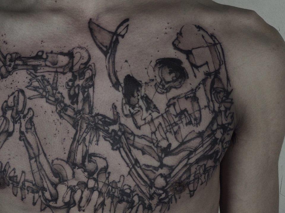 骸骨のタトゥー 韓国