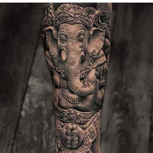 ガネーシャのタトゥー|リアリスティック