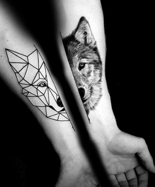 狼のジオメトリックタトゥー