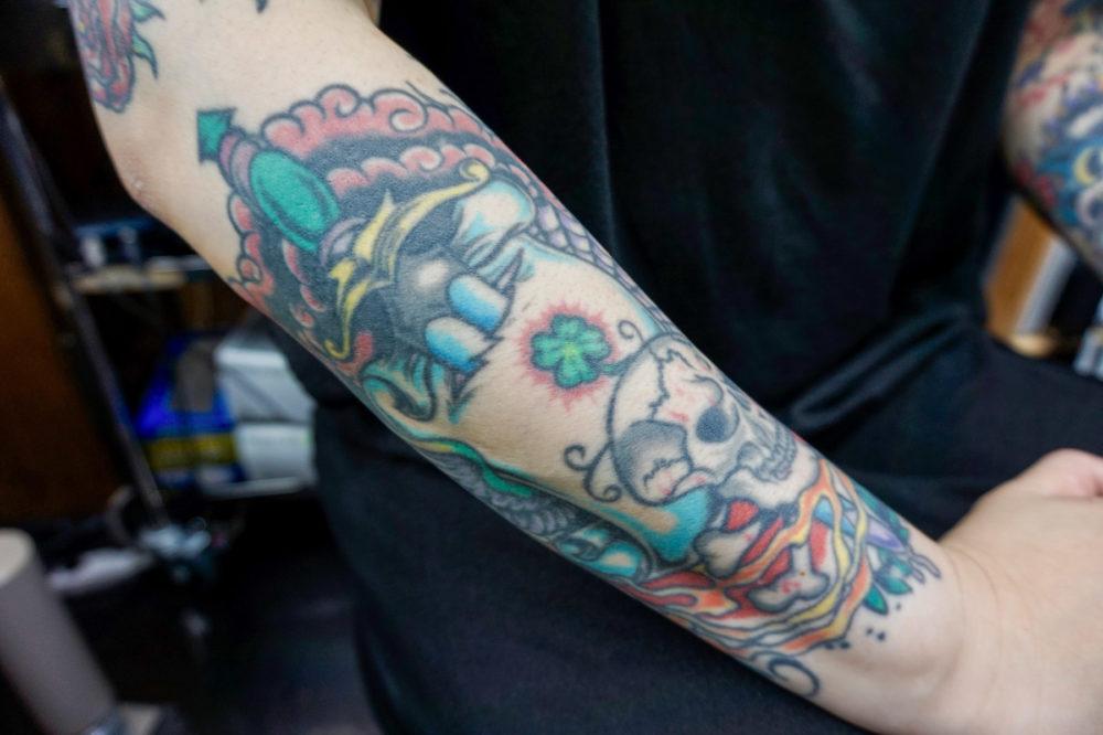 腕のトラディショナルタトゥー