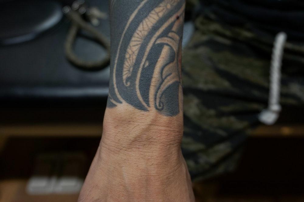 和彫りとトライバルの刺青・タトゥー