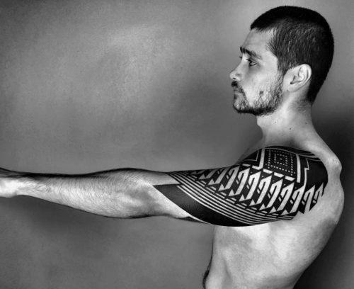 幾何学模様とトライバルの刺青|ジオメトリックタトゥー