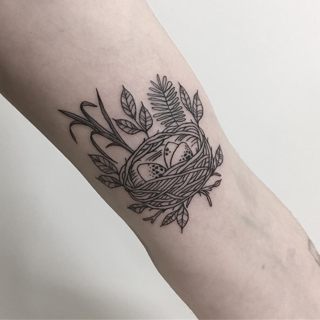 ラインワーク|ワンポイントのタトゥー