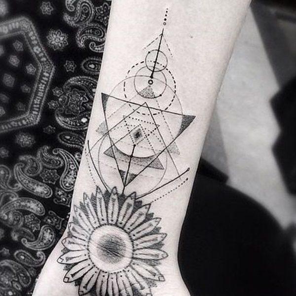 幾何学模様の刺青|ジオメトリックタトゥー