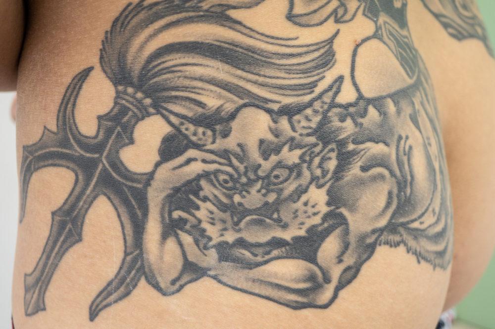 毘沙門天と鬼の刺青・タトゥー|背中の和彫り