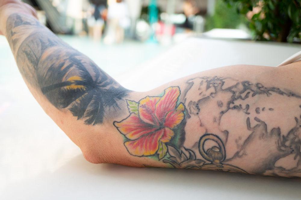 タイにいた観光客の男性のタトゥー