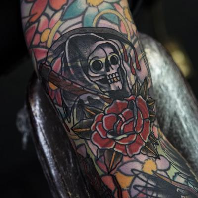 上からタトゥーを重ねたカバーアップ