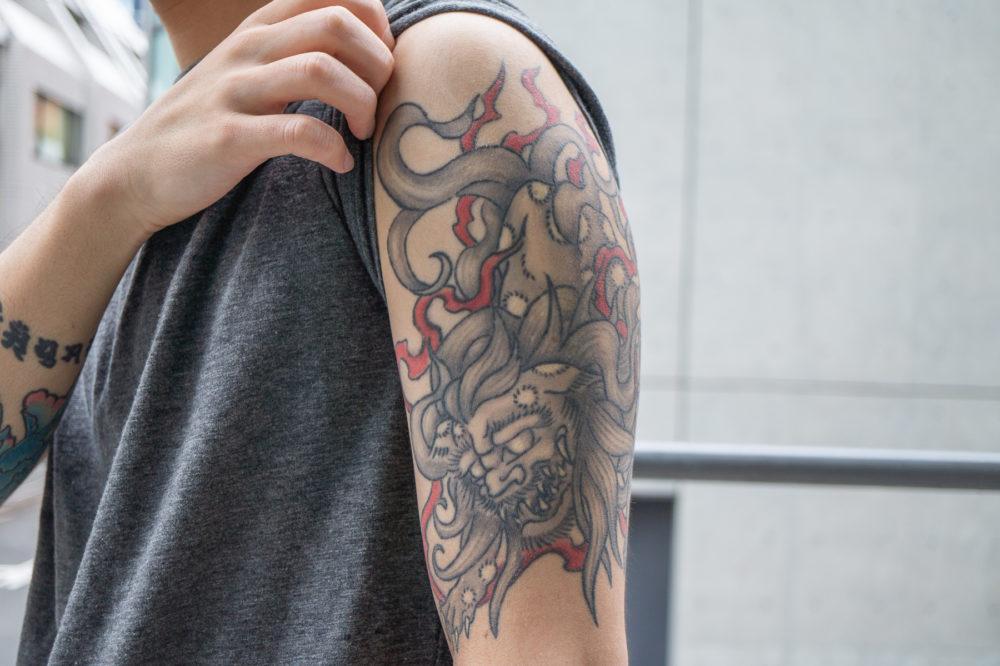 二の腕|唐獅子の刺青・タトゥー