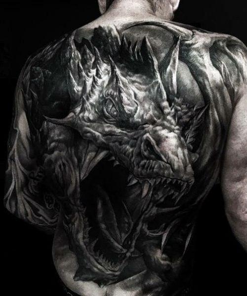 龍・ドラゴンのリアリスティックタトゥー|ブラックアンドグレイ