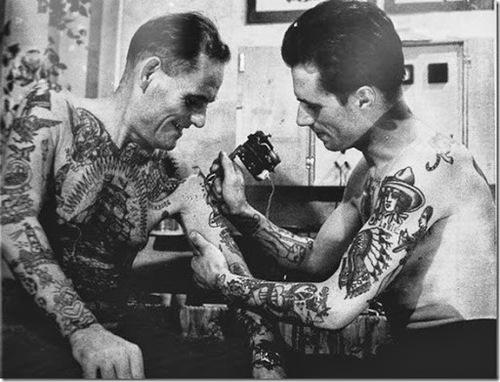 船乗りのタトゥー|アメリカントラディショナル